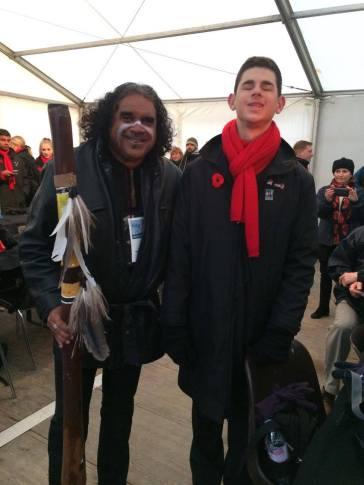 David Hudson gifts Anthony Deeb his didgeridoo! (image from Brigitte)