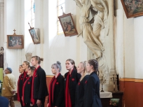 The choristers perform in Allonville (pic by Brian)