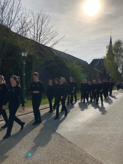 The choristers were given a tour of Allonville (pic by Tilly).