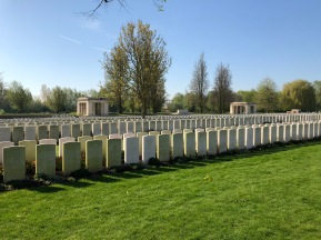 Bailleul Communal Cemetery (pic by Georgia)