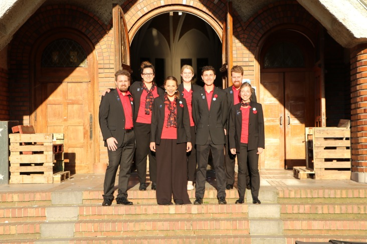Outside the Bailleul church (pic by Mark)