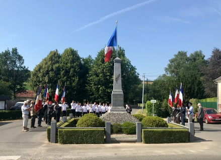 Afternoon ceremony in Halloy-Les-Pernois (pic by Mark)